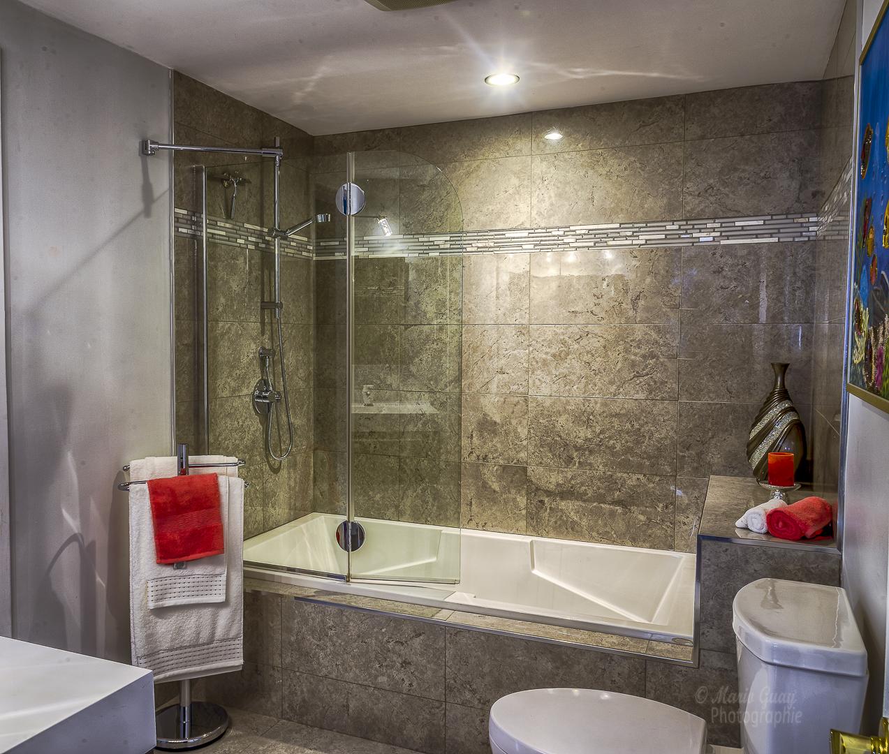 Salle de bain r novations yan boucher for Modifier salle de bain